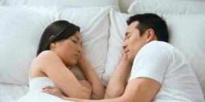 How Can a Custom Mattress Benefit Couples?